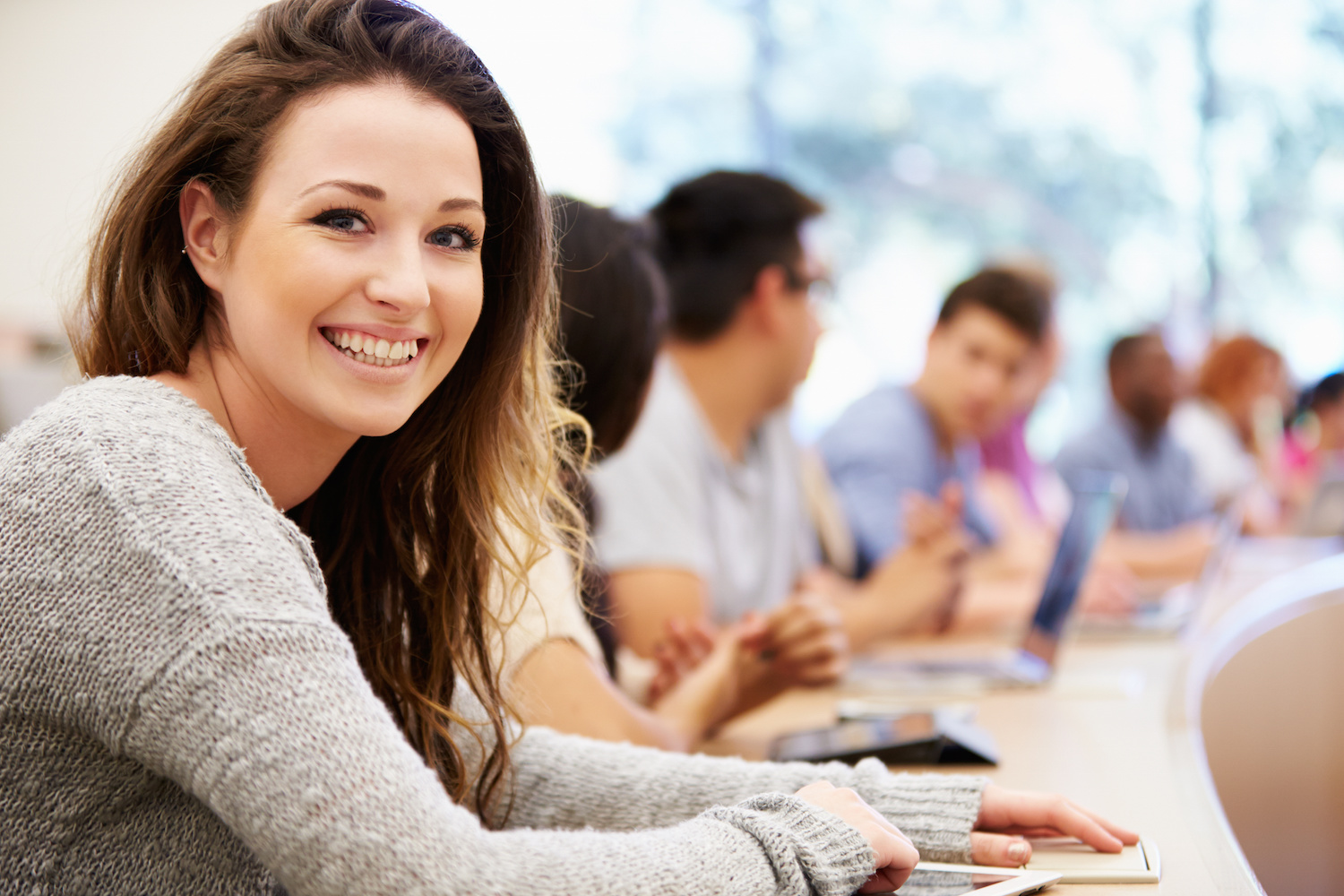 the challenges college students face today essay We usually face various challenges and tasks so, for your coursework, you'll need to have the best ideas to help you out, below are some funny argumentative essay topics for college students.